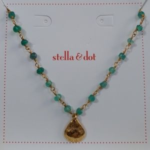 Stella & Dot La Folie Necklace-Green
